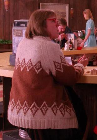 Log Lady's sweater